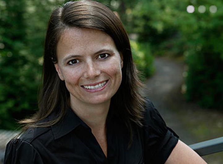 Microsoft Promotes Amy Hood To CFO