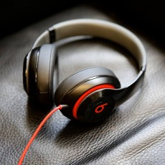 Beats Receives Investment From Carlyle Group, Buys Out HTC