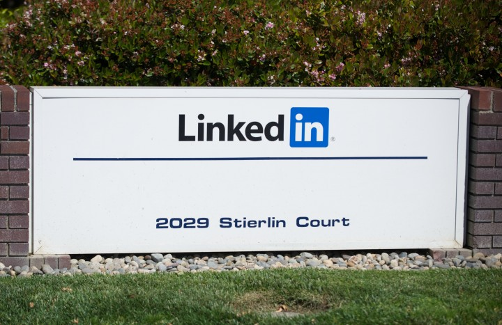 Quick Look Into LinkedIn's Password Breach