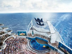 Royal Caribbean Buys 55,000 Intel Tablets