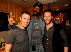 Snoop Dogg Starts Selling On Facebook