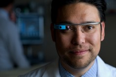 UC Irvine Using Google Glass To Teach Medicine